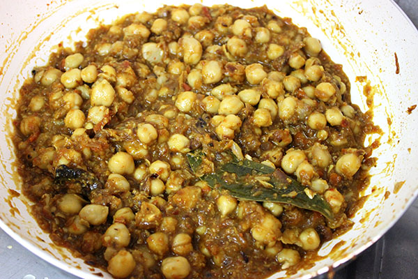 punjabi-chole-masala-with-tamarind-13