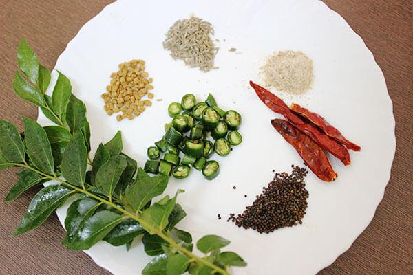 punjabi-kadhi-with-pakora-ingredients-for-tempering